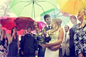 rainy weddings simplypeachy.com